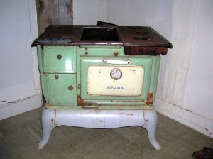 Orleans Cabin2 wood stove